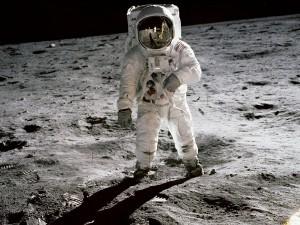 Am 20. Juli ist die erste bemannte Raumfähre auf dem Mond gelandet, zweiter Mann auf dem Mond war Edwin Aldrin. Foto: NASA