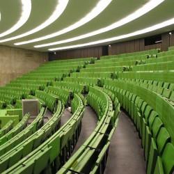 Neue Staffelung der Vorlesungszeiten an der Ruhr-Universität um den Öffentlichen Nahverkehr zu entlasten. Foto: Daniel Ullrich/flickr.com)