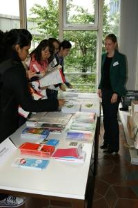 Auch die Infotische wurden für Studenten organisiert.