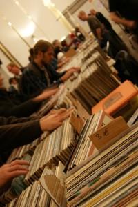 Die Börse ist ein Paradies für die Schallplatten-Fans. Fotos: Anastasia Mehrens