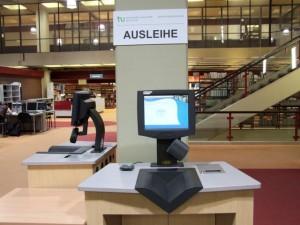 Selbstausleihgerät in der Universitätsbibliothek
