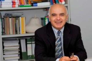 Prof. Wolfram Richter hat mit der pflichtlektüre gesprochen. Foto: Jürgen Huhn