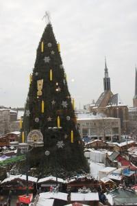 Der Dortmunder Weihnachtsmarkt leuchtet in neuen Farben. Foto: Judith Schmitz