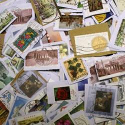 Auch das Briefporto wird ab 2013 teurer. Foto: Sabine Weise / pixelio.de