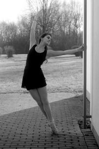 Die 21-jährige Sara begann schon im Kleinkindalter Ballett zu tanzen. Foto: Pauline Piers