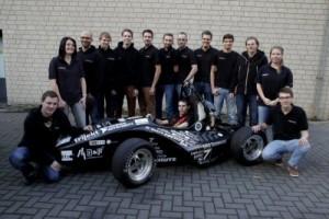 Der RI-12 ist der sechste Rennwagen, den das Team von der FH Dortmund konstruiert hat. Foto: Race-Ing.