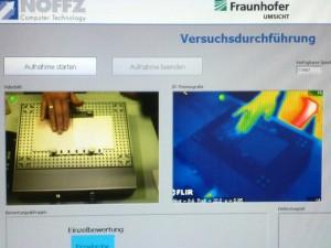Mit Wärmebildkamera und 3D-Kraftmessplatte macht die Forscherin Fühl-Experimente. Foto: Lisa Weitemeier