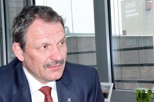 Prof. Dr. Hans Peter Noll im Interview mit der Pflichtlektüre (Foto: Ysaline Lannoy)