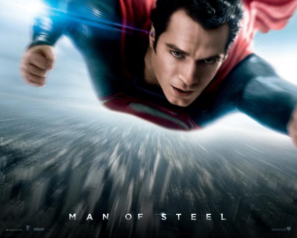 Superman rettet die Welt. Beginn der Rettungsaktion in deutschen Kinos: 13. Juni. Fotos und Teaserbild: Warner Bros.