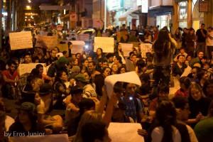 In der Universitätsstadt Campinas demonstrieren Studenten den ganzen Tag.