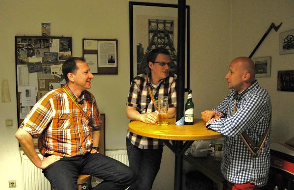 Stefan B., Michael Otto und Thomas Stullich (v.l.) haben allesamt in Dortmund studiert. (Foto: Teresa Bechtold)