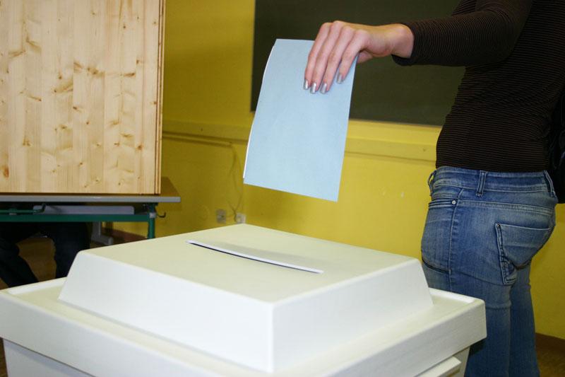 Vom 02. bis zum 05. Juni wird an der TU gewählt. (Foto: Gabi Eder/pixelio.de)