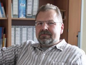 """Thomas Goll, Professor an der TU, bezweifelt, dass es den """"perfekten Professoren"""" überhaupt geben kann. Fotos: Giesbers, Teaserbild:"""