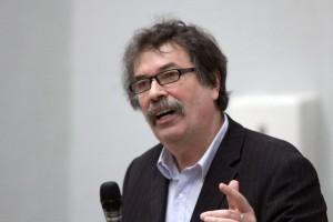 Prof. Walter Krämer fordert, dass Griechenland die Euro-Zone verlässt. Foto: Markus Bergmann