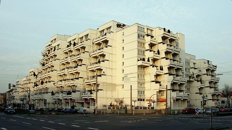 Der Hannibal an der Bornstraße: Das Wahrzeichen eines fast verlorenen Stadtteils. Foto: Wikipedia/Ralf Hüls