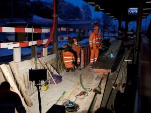 Eine Baustelle: Nur ein Beispiel für Orte, an denen nachts gearbeitet wird. Foto: juergfraefel/flickr.com