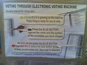 Die Wahlcomputer sind vor allem eines: leicht zu bedienen. Quelle: flickr.com/vemana
