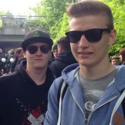 Florian (rechts) und Dennis sind Nazi-Gegner