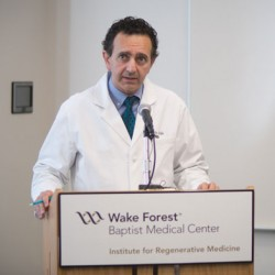 Porträt von Anthony Atala vom Wake Forest Baptist Medical Center in North Carolina