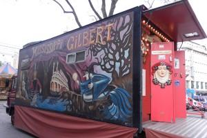 Gilberts Zuhause: ein LKW. Eine Freundin hat ihn für den Gaukler bemalt. Foto: Luisa Heß