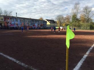 Das Team Hafengeneration im Spiel gegen Lüdo 1 in der Finalrunde der Nordstadtliga.