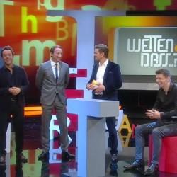 """Die letzte Wette bei """"Wetten, dass..?"""". Nach 33 Jahren ist Schluss mit dem Show-Dino. Quelle: ZDF Screenshot"""