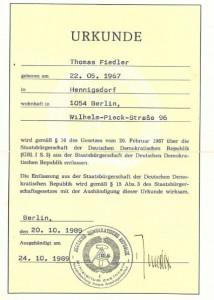 Thomas Dreschers Entlassungsurkunde - damit durfte er die DDR offiziell verlassen.