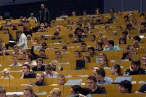 Für die Teilnahme an Vorlesungen und Seminaren mussten sich die Schüler teilweise vorab anmelden.
