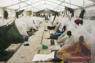 Moskitonetze sollen die Einheimischen vor Malaria schützen.