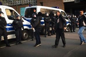 Die Polizei, dein Feind und Helfer