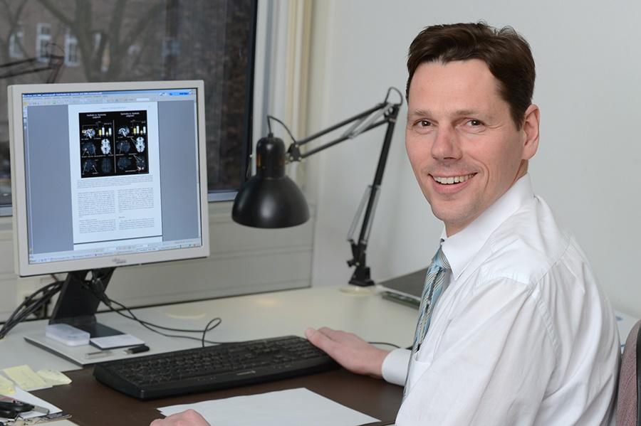 Prof. Dr. Thomas Jacobsen lehrt und forscht an der Helmut Schmidt Universität in Hamburg. (Foto: privat)
