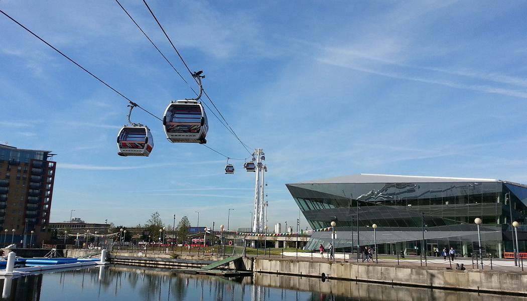 Beispiel für ein städtisches Seilbahnkonzept: London während der olympischen Spiele 2012. (Foto: Wikimedia Commons/Danesman 1)