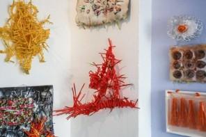 Kunst im Kiosk: Wenn Süßes mit saurem tauscht