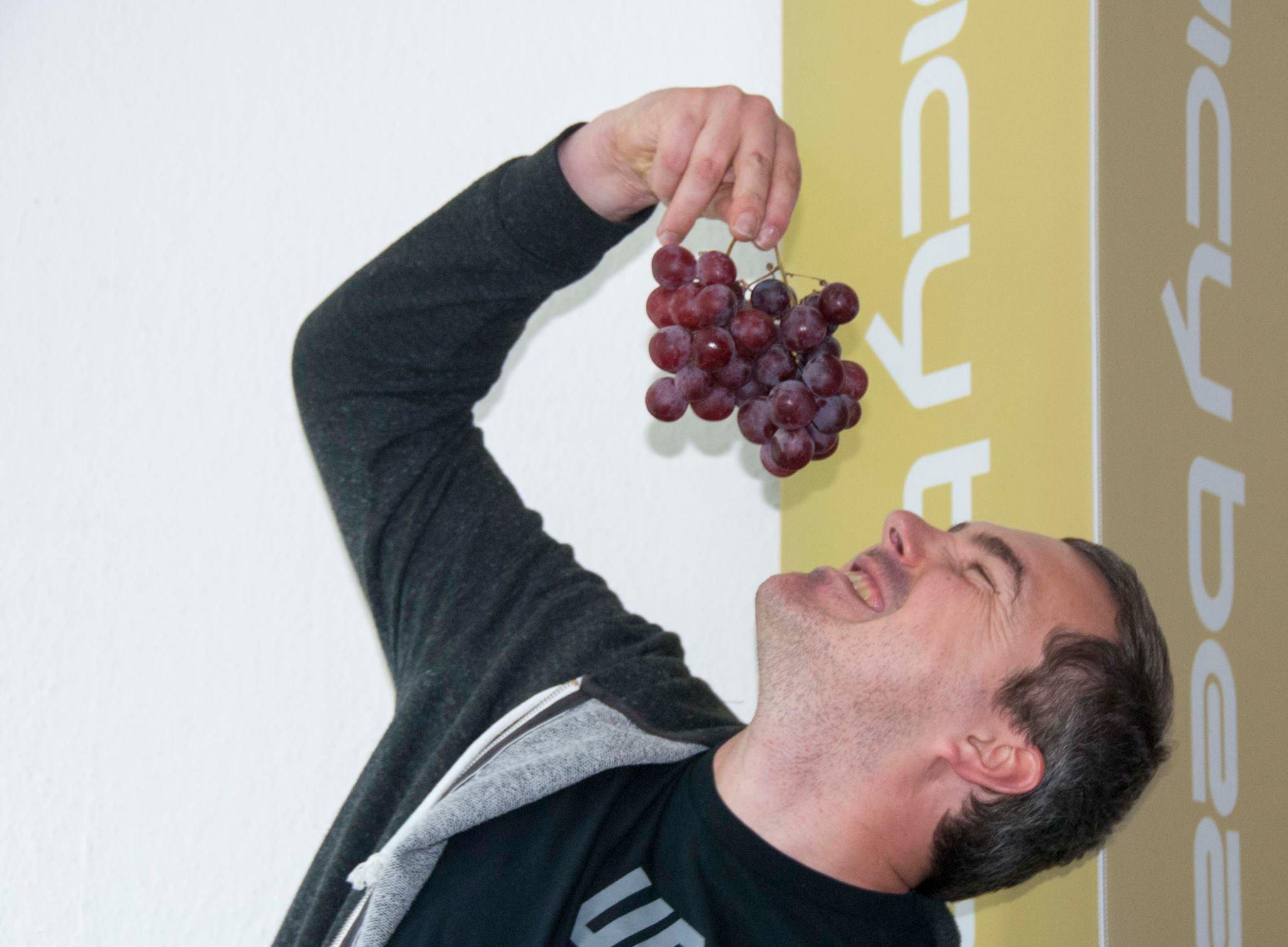 Obst ist nicht nur zum Posen da, auch zum Essen! Foto: Johanna Mack