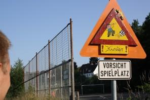 """""""Vorsicht, Kinder!"""": Aus dem Leben eines Erziehers"""