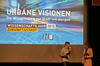 Christa Reicher auf der Bühne
