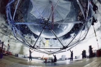 Ein Nobelpreis-Experiment im Aufbau - Spitzenforschung zwei Kilometer unter der Erde