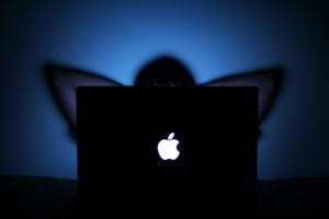 So mancher Apple-Aktionär schlägt in diesen Tagen die Hände über dem Kopf zusammen.