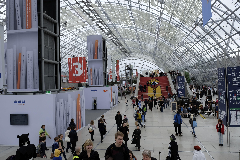 Auf der Leipziger Buchmesse stellten sich verschiedene Anbieter für Self Publishing vor. Foto: Johanna Mack