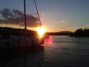 Eine Bootstour im Sonnenuntergang sollte bei der perfekten Europatour nicht fehlen