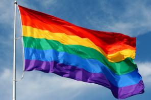 Helfen verboten: Warum dürfen Schwule kein Blut spenden?