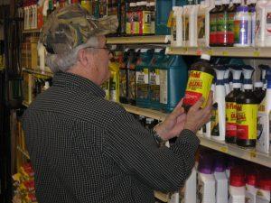 Wie in der Drogerie: Chemie für die Landwirtschaft. Foto: Oregon Department of Agriculture/flickr