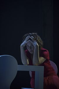 Maya Hakvoort als Diana Goodman in Next to Normal Foto: Presse Theater Dortmund