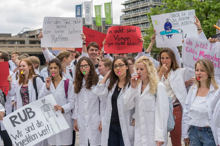 RUB-Proteste-Medizinstudenten