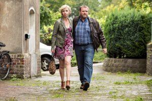 Das Ehepaar Neurath, dargestellt von Felix Vörthler und Anna Stieblich. Bild: WDR/Frank Dicks