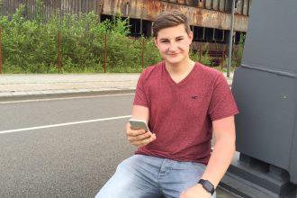 Erst 17 Jahre und bereits in der Business-Welt angekommen: Marius Schönefeld geht noch zur Schule und führt gleichzeitig sein Unternehmen.
