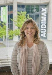 """Sabrina Zajak, Professorin für soziale Bewegungen an der RUB: """"Eine Online Petition löst nicht die sozialen Kontakte und das persönliche Netzwerk ab."""" (Foto: Tobias Schündelen/RUB Hochschulkommunikation)"""
