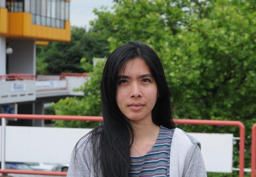 """Thida (27 Jahre): """"Es ist schlimm, weil Nicht-EU-Ausländer bezahlen müssen, EU-Ausländer aber nicht."""""""